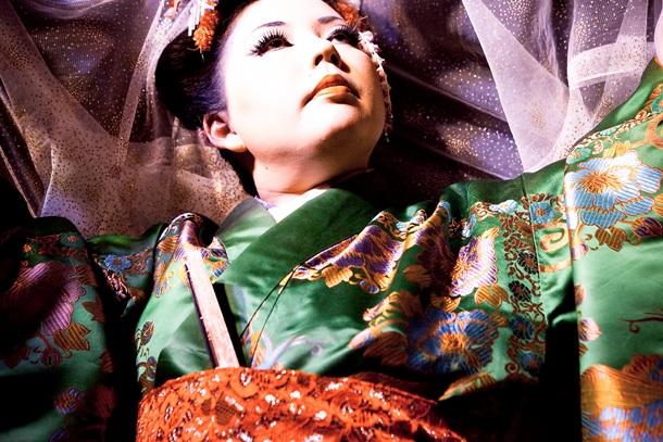 CherryTyphoon_Kimono